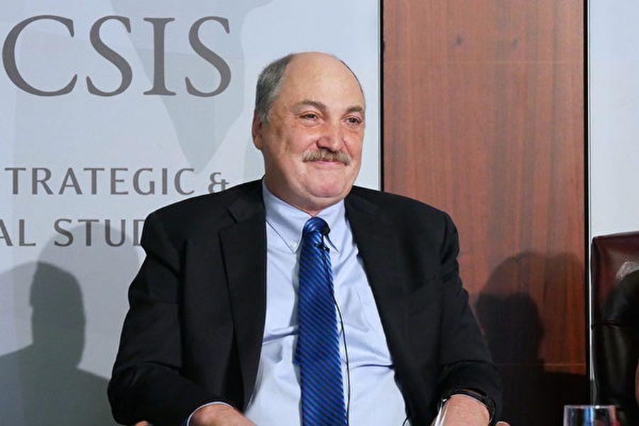 10月29日,華府智囊「戰略與國際研究中心(CSIS)」的資深副總裁、科技政策項目主任劉易斯(James A. Lewis)在研討會上。(李辰/大紀元)