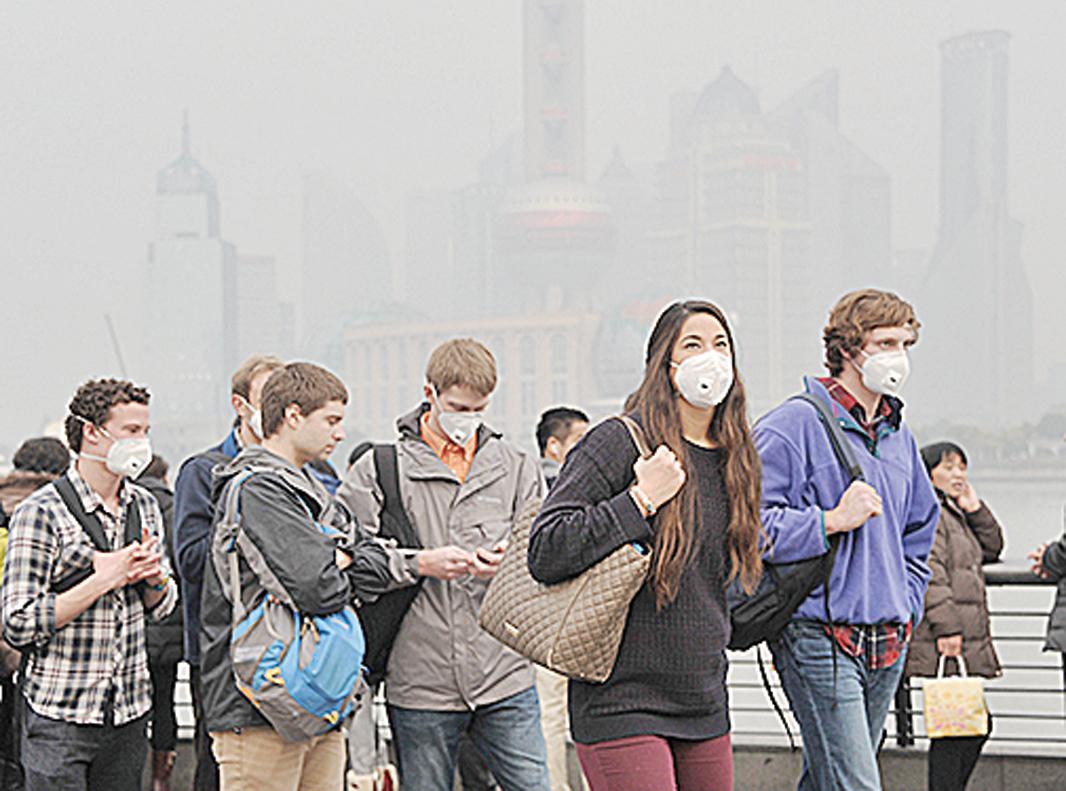 到中國旅遊需要準備口罩。(Getty Images)