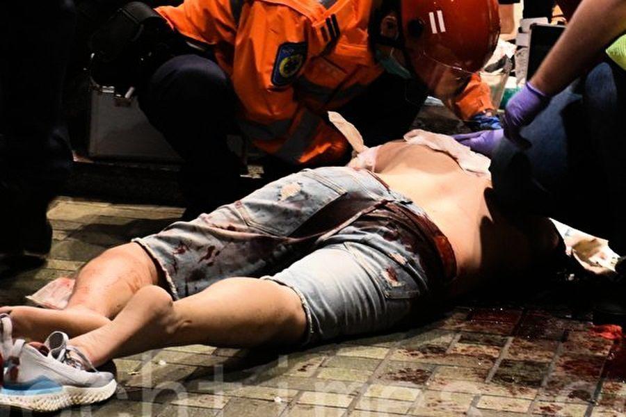 港多區反警暴 太古城釀血案 兩記者被拘
