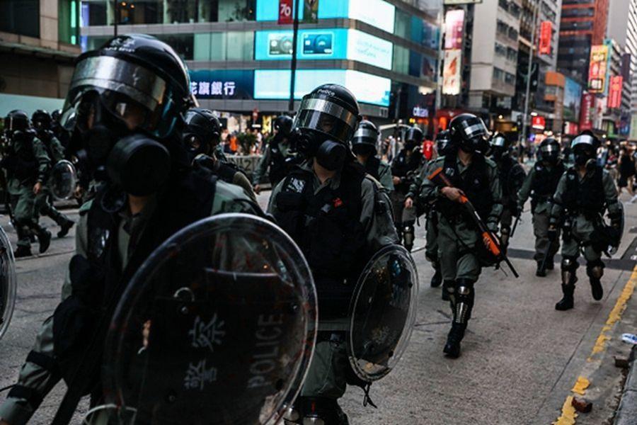 香港警黑合作引恐慌 學防身術者人數爆增