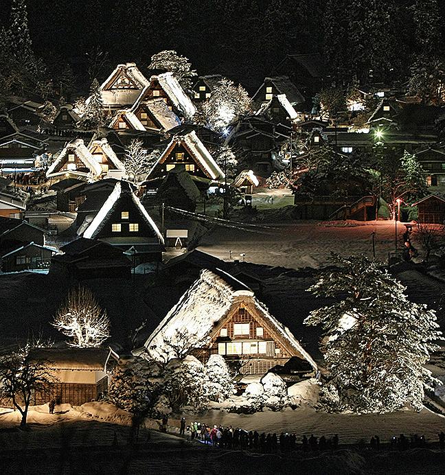 2009年1月24日,合掌村的冬日景色。(AFP)