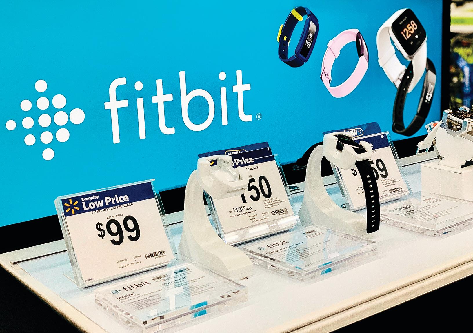 穿戴式裝置大廠Fitbit,主要產品包括智能手錶、健身手環等。(Shutterstock)