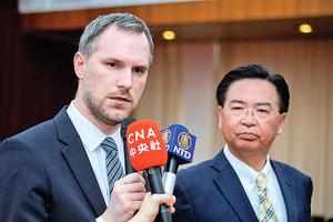 無懼報復 布拉格解除北京姊妹城