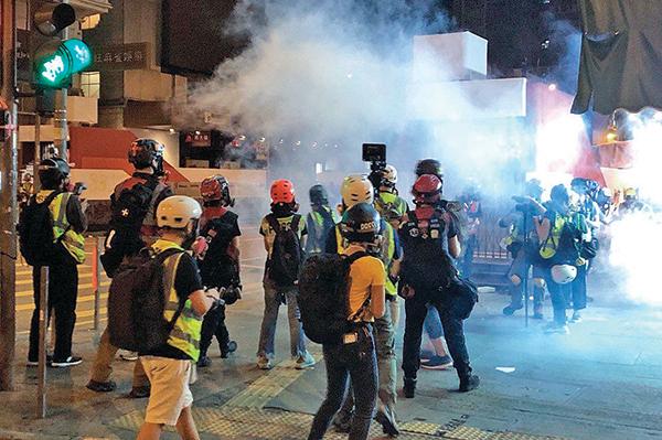 香港血腥陡增 習講話官媒漏報?