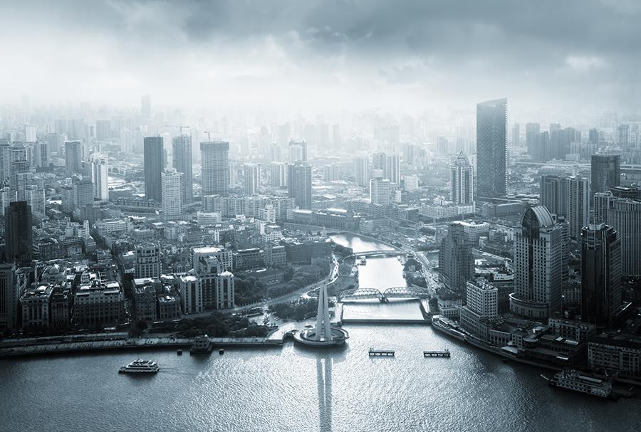 上海規模以上工業企業利潤暴跌,財政其實靠賣地收入維持。習近平日前考察時要求上海官員妥善應對國內外各種風險挑戰,引外界關注。(PIXTA)