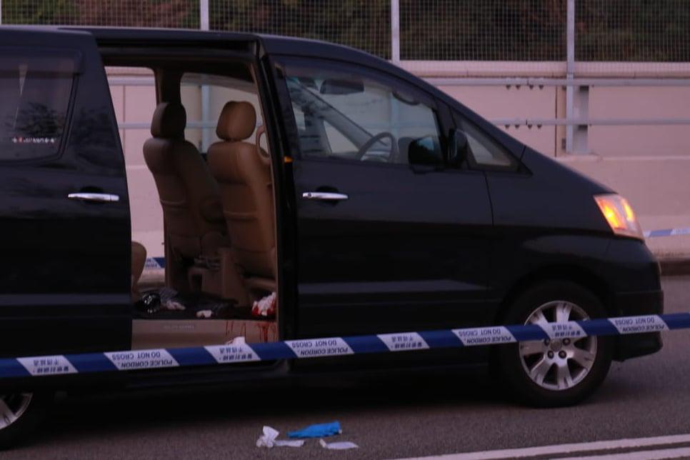 7日下午,據康宏環球前執行董事曹貴子之妻子歐翠儀在大埔被人砍傷。(視頻截圖)
