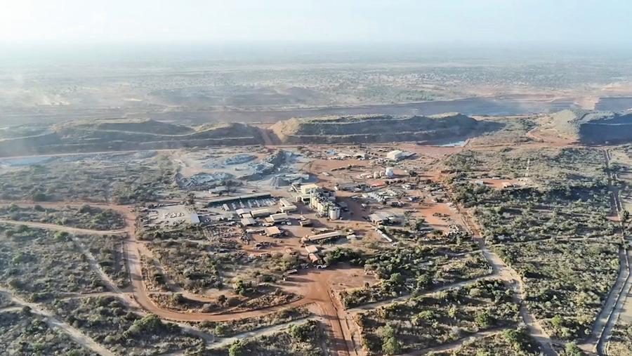 布吉納法索礦場車隊遭襲37死
