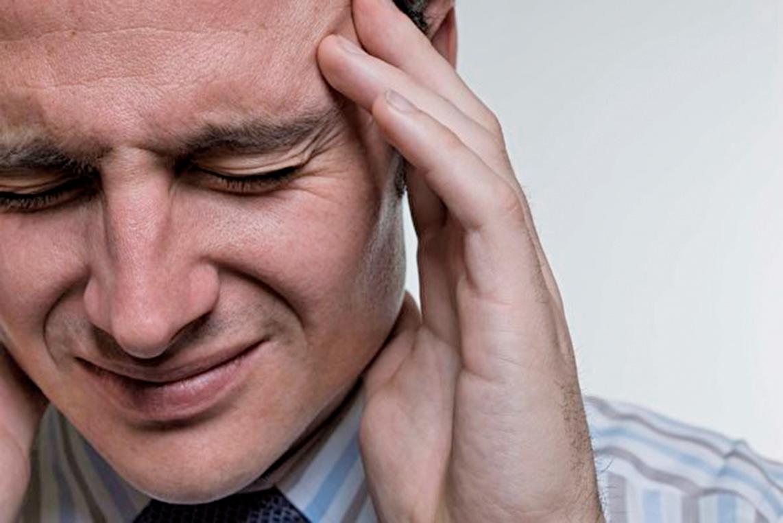 根據世衛統計,全球近半數成年人受頭痛困擾。(Photos.com)