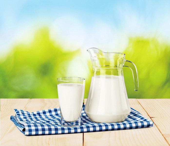 哈佛研究:每天喝低脂牛奶 帕金森風險增39%