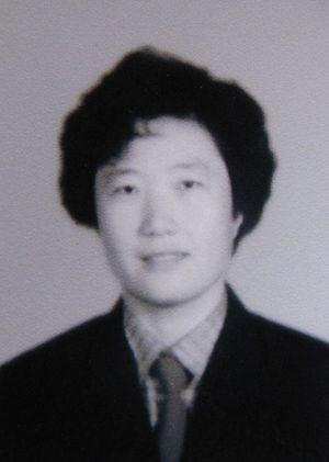 法輪功學員宮輝(明慧網)