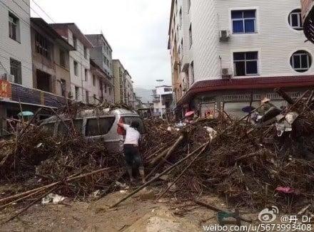 7月9日,超強颱風「尼伯特」登陸福建,閩清縣坂東鎮受災最為嚴重,死傷不計其數。(網絡圖片)