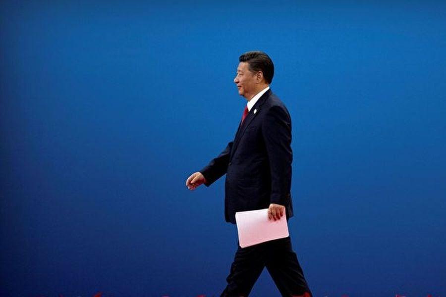 分析認為,習近平公開會晤林鄭月娥,是遭到外媒放風的「逼宮」,也反證了中共內部矛盾之激烈。( Mark Schiefelbein-Pool/Getty Images)
