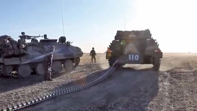 中共軍隊實彈演習 裝甲車履帶斷裂洩密