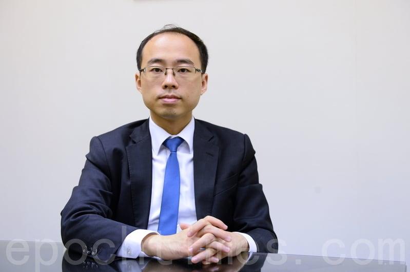 對於何君堯21日發起「清潔香港運動」,法政匯思召集人李安然呼籲市民避免衝突,不要硬碰。(宋碧龍/大紀元)