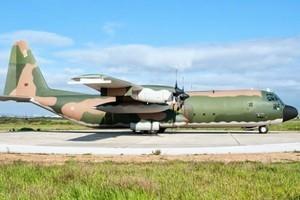 葡萄牙軍用運輸機起火爆炸 3死1傷