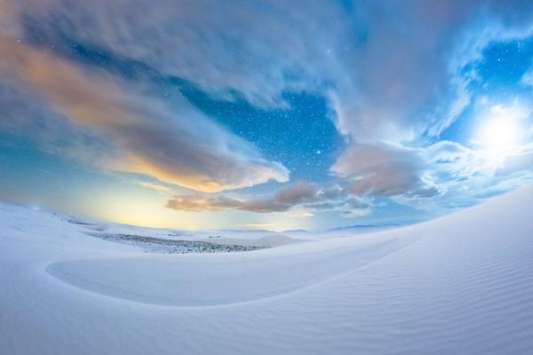 縮時攝影捕捉奇幻的沙塵暴風景