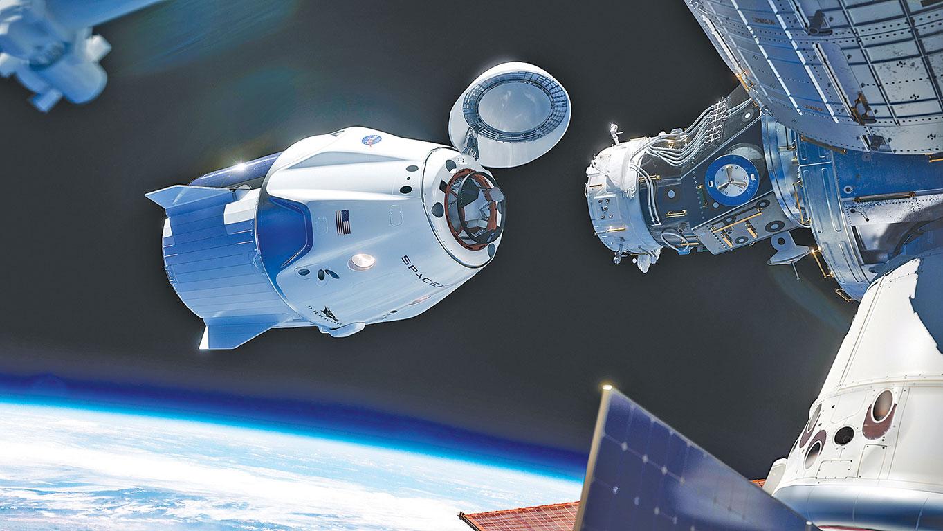 2019年3月,飛龍2號發射升空。沒有依賴太空站機器手臂協助,飛龍2號自動完成與國際太空站對接程序。(NASA)