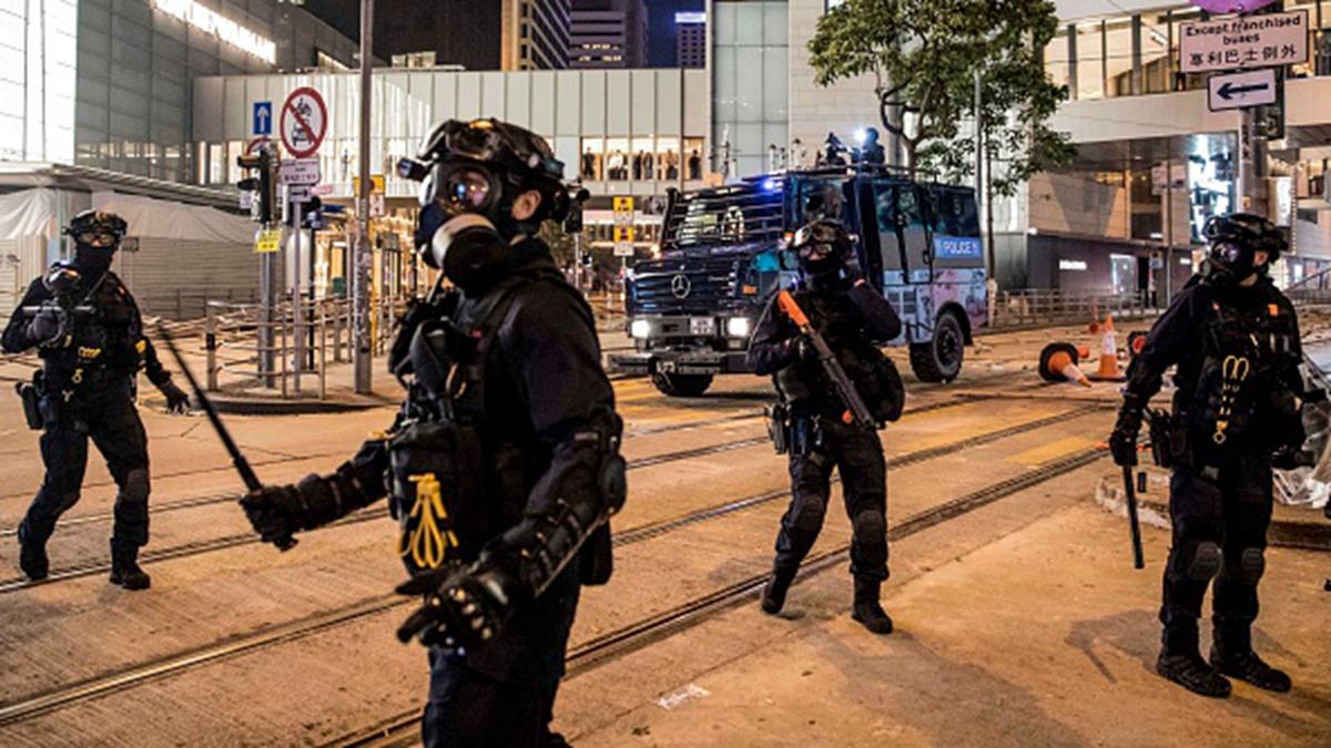 香港局勢陡然惡化,特首林鄭月娥11月13日深夜召開緊急會議商討對策。(DALE DE LA REY/AFP via Getty Images)
