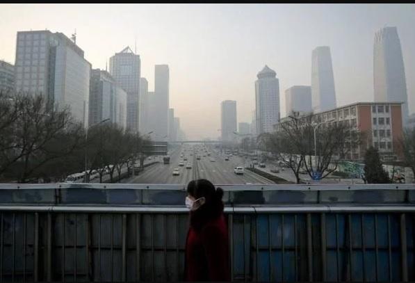 官方數據統計,中國24個地方政府前三季度入不敷出,陷入財政赤字。河南赤字第一,超過5000億;長春前三季度GDP增速為0;整個吉林省官方統計數據全線下跌。(大紀元資料室)