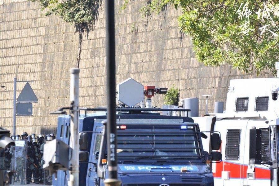 警方裝甲車上有致命聲波槍