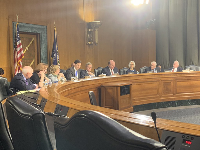 圖為美中經濟與安全審議委員會(USCC)在開會。(USCC via twitter)