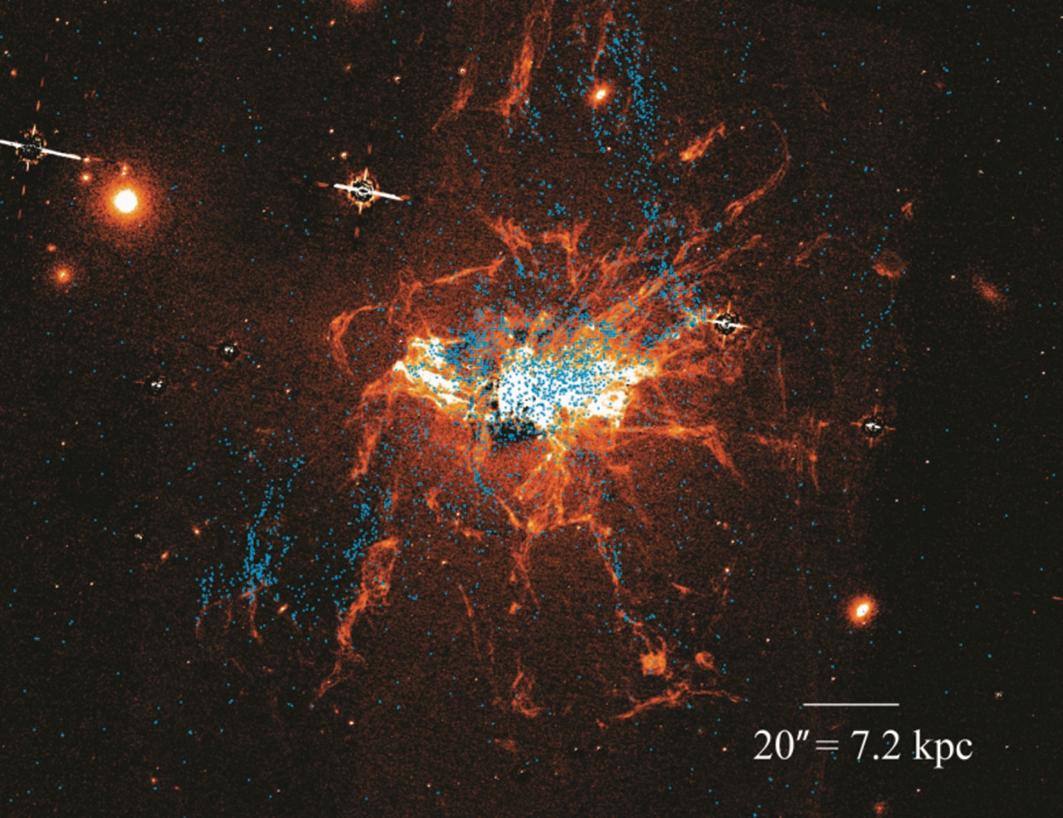 研究發現,位於英仙座星系團中心巨型星系周邊的球狀星團並非全部都那麼古老,其中幾千個球狀星團的年齡只有10億年左右,可能還有更多球狀星團在宇宙演化的不同時期誕生。(University of Hong Kong)