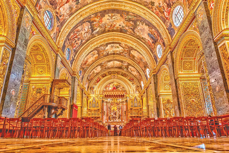 富麗堂皇的聖約翰教堂。