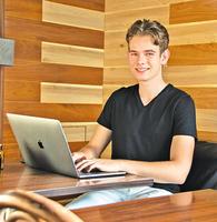 16歲成百萬富翁   澳少年鼓勵年輕人創業