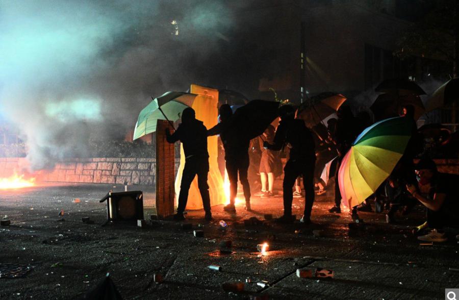 大專學界發表聯合聲明 譴責警方以重兵圍攻理大