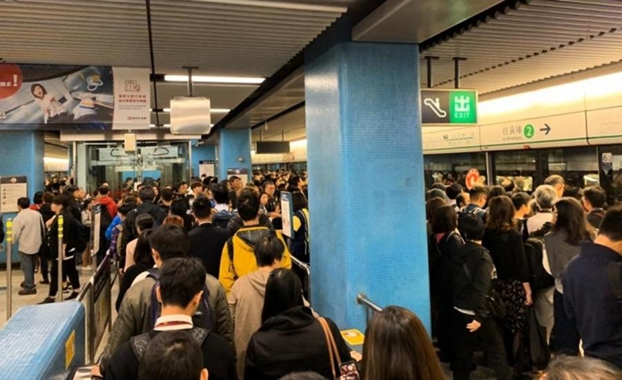 香港復課首日 抗爭者發起「拂曉行動」