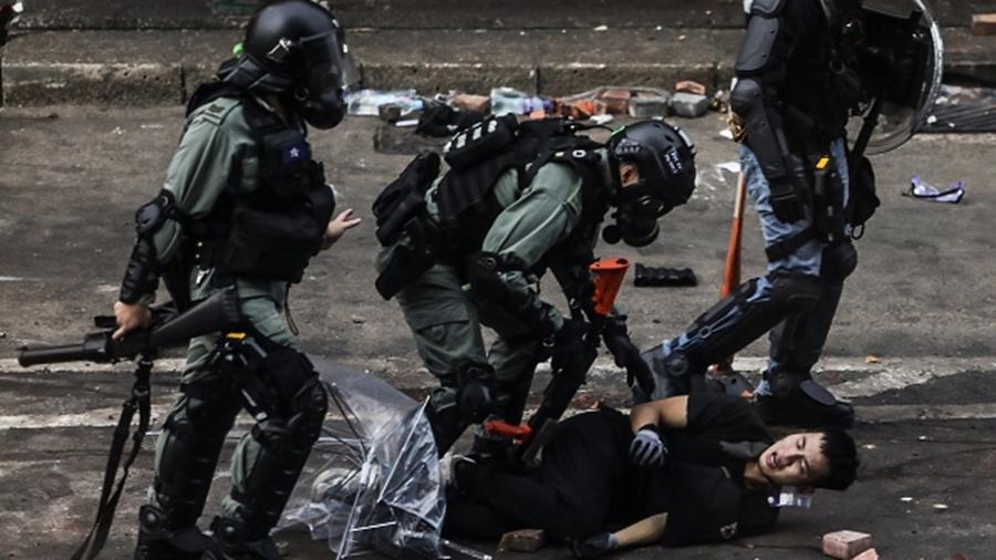 港警被告上國際法庭 逾50萬人控告三大重罪