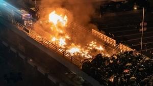 港理大學生會長:港警圍攻恐怖像一場屠殺