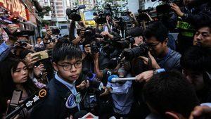 香港警察警嫂齊倒戈!黃之鋒分析選舉結果