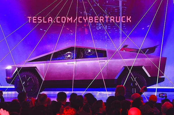 亮相不足兩日 Tesla電動皮卡訂單近15萬輛