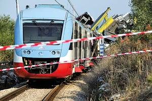 意大利火車相撞25死50傷