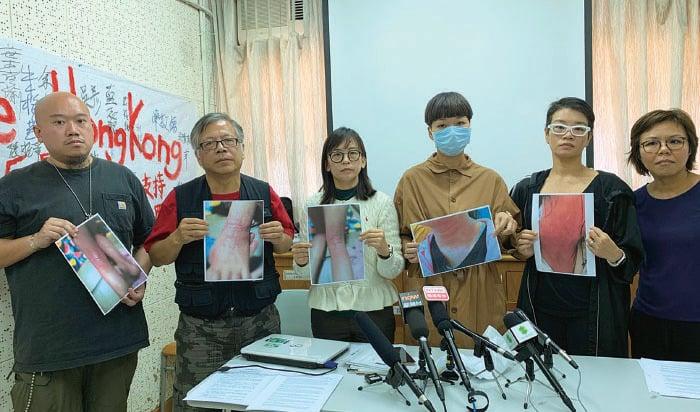 「香港媽媽反送中」呼籲港府立即停止在社區施放催淚彈,並要求港府以政治方法回應五大訴求。(韓納/大紀元)