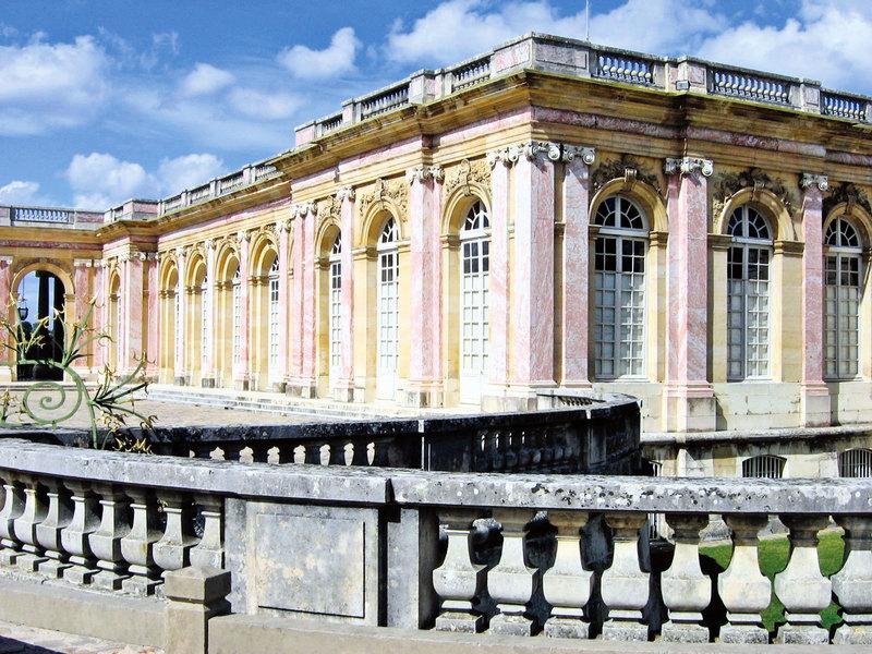 大特里亞農宮——路易十四為自己建的宮殿(一)