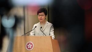 林鄭遭雙重打擊 自爆:外憂內患 難脫困局