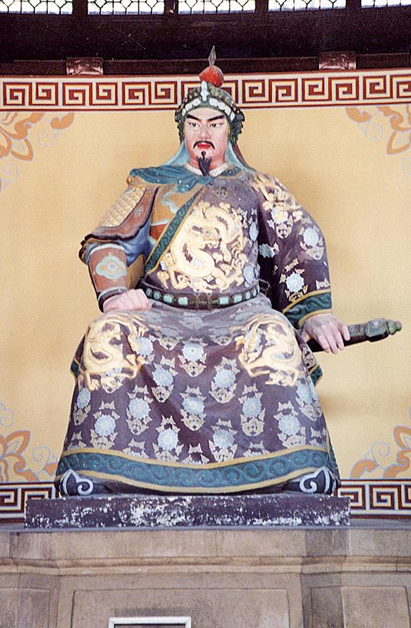 杭州岳王廟的岳飛坐像(大紀元資料室)