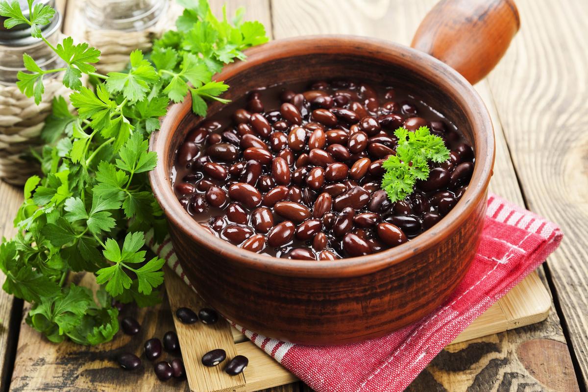 赤小豆有通氣、健脾胃、利濕、和血排膿、消腫解毒的功效。
