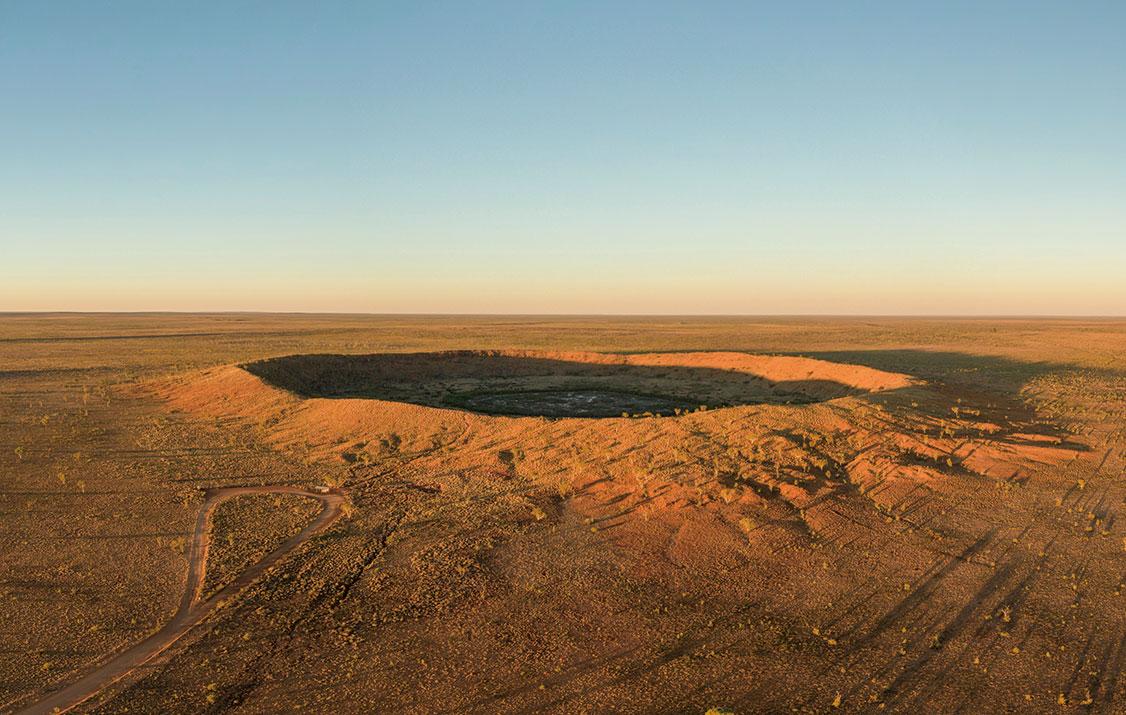 澳洲西部的沃爾夫克里克隕石坑。(ShutterStock)