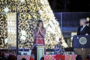 特朗普總統點亮國家聖誕樹