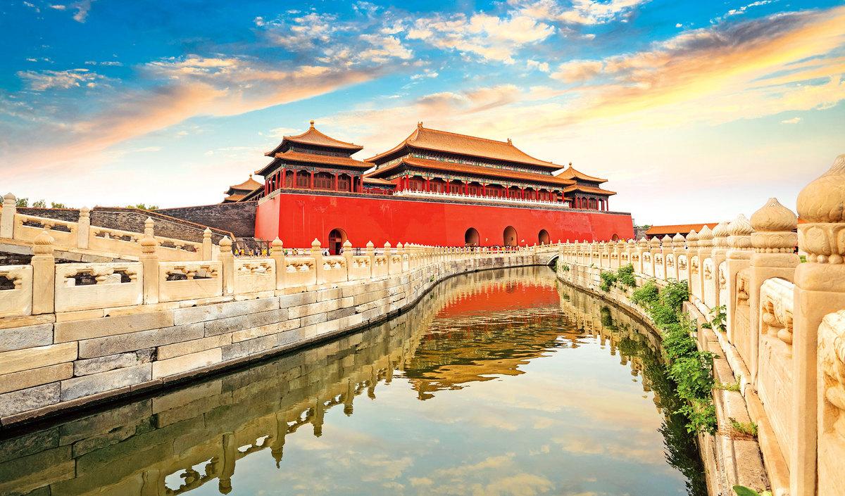 紫禁城金水河的水自北牆西(金)側引入,以示「北水」和「金生水」。(Shutterstock)