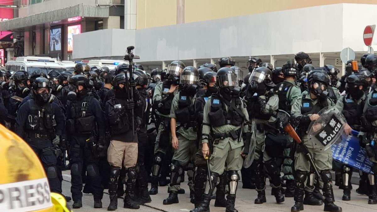 香港300多議員拒警隊加薪:別讓老鼠屎壞一鍋粥