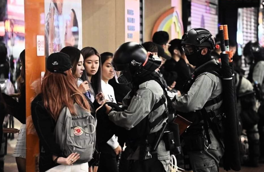 郭文貴爆料港警中有大陸警察和解放軍