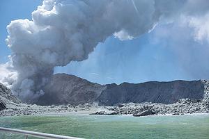 紐西蘭火山突爆發 已知5死20傷27人失蹤