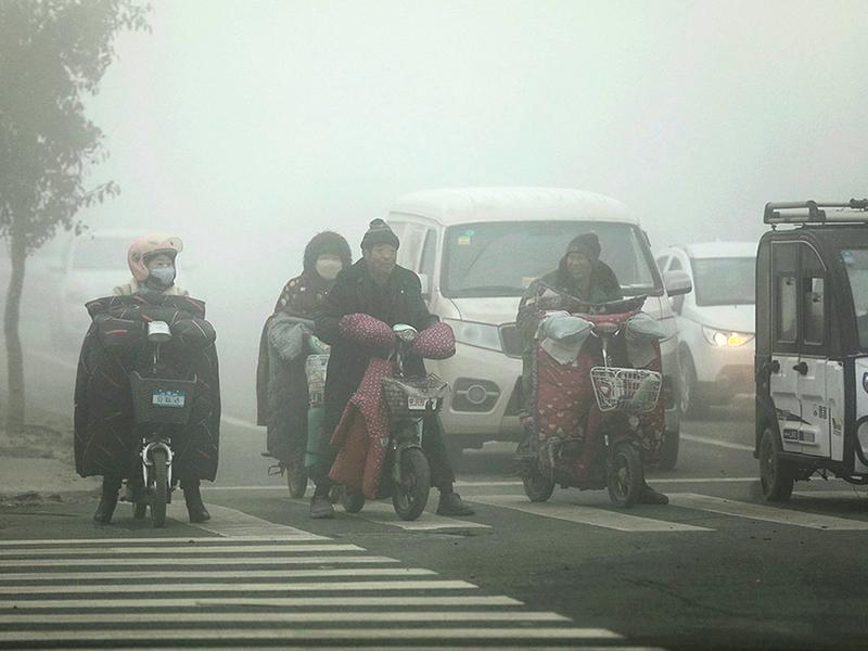陰霾襲擊 五十五城啟動重污染預警