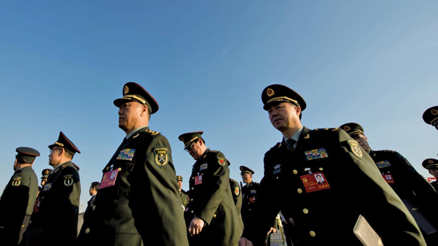 敏感時刻習近平再次點將,中共陸軍部隊10日為52人舉行晉升將軍軍銜儀式。(Getty Images)