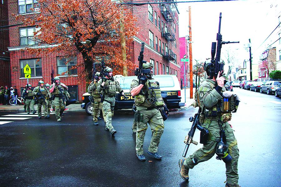 新澤西槍戰一小時六人亡