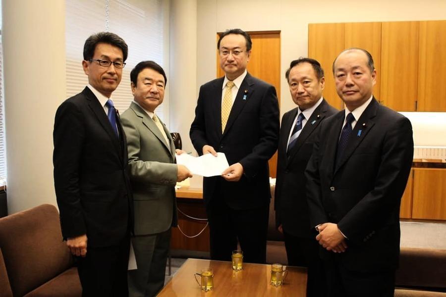 關注香港人權 日40名議員遞意見書 反對明春習以國賓訪日